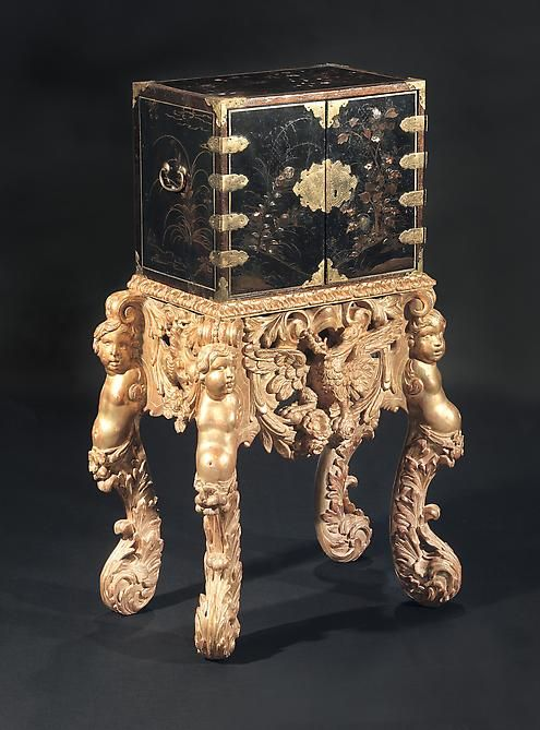 A Rare Diminutive Late 17th Century Japanese Mother of Pearl Inlaid Black Lacquer Cabinet On An Anglo-Dutch Giltwood Stand - Hyde Park Antiques, Ltd.