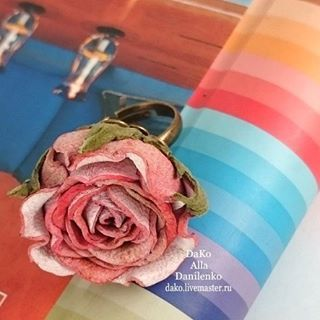 Кольцо с розой из натуральной кожи. Замечательное начало года) #dako #кольцо #розаизкожи #alladanilenko #романтика #украшенияизкожи #оригинальноеукрашение #единственнаянеповторимая