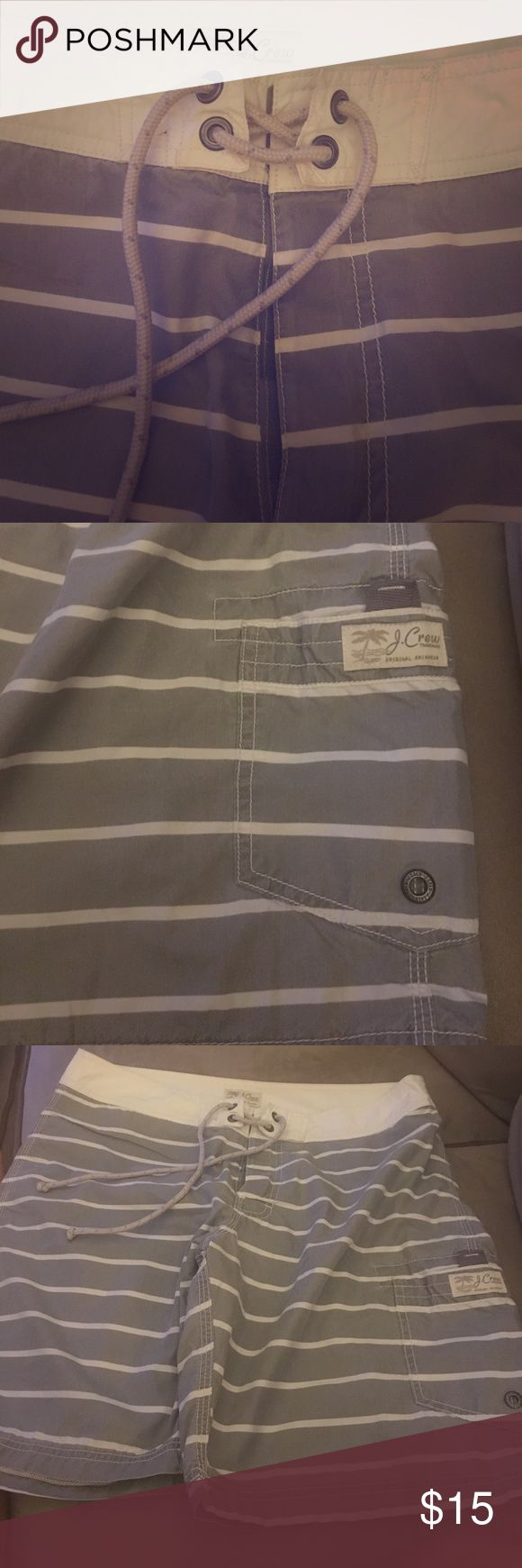 J. Crew: men's bathing suit size 33 in good used condition a few small spots by back pocket may come out with some elbow grease. velcro and tie closure. J. Crew Swim Swim Trunks