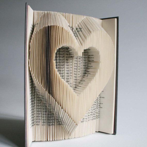 Modèle de pliage de livre + coupes du coeur : Plus les téléchargements gratuits imprimables (pdf) pour personnaliser votre livre d