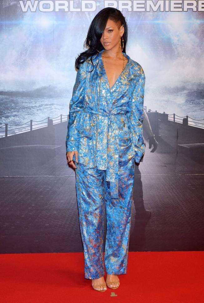 Rihanna - pinimg.com