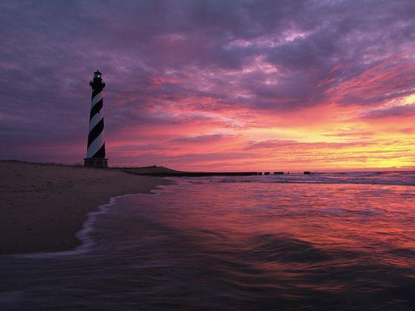 North Carolina Lighthouse  http://images.nationalgeographic.com/wpf/media-live/photos/000/027/cache/north-carolina_2735_600x450.jpg