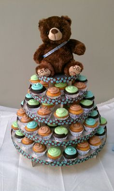 girl baby shower cup cakes with bears - Buscar con Google