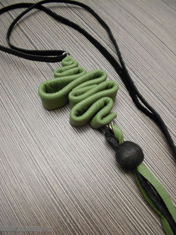 Green leather pendant and earrings