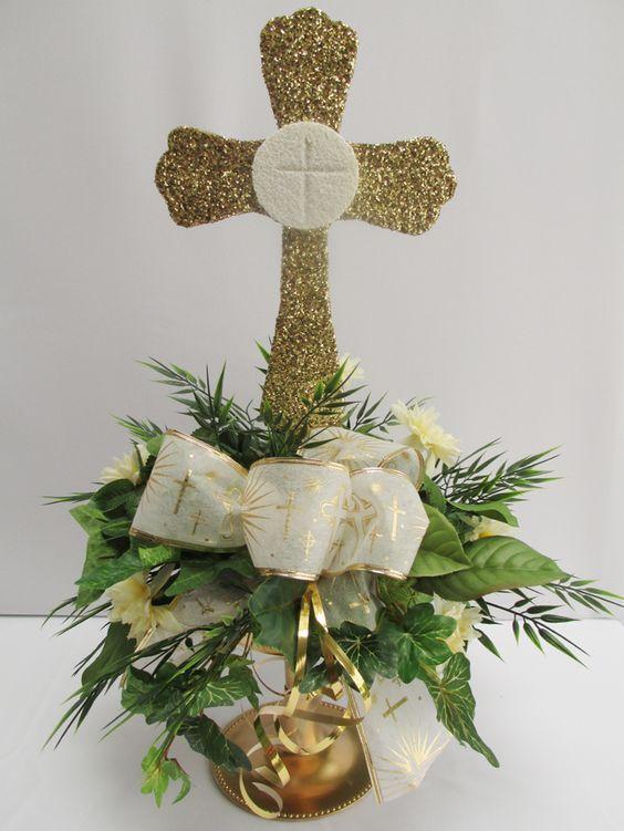 First+Communion+Centerpiece+Ideas | Ist communion centerpiece | www.DesignsbyGinny.com/blog: