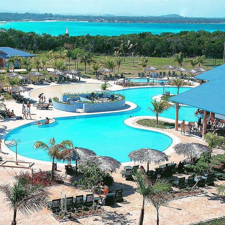 Featured Resort of the Week: #Blau Costa Verde in #Holguin #Cuba! This resort situated in Holguin caters to kids with the Blaudi Club a club where kids ages 4-10 can make the most of their #vacation with games #excursions dances and other energy-burning activities. Supervision is also available for younger children or in the evening for parents who want a #romantic night together. Just like parents will we think kids will appreciate the swim-up bar that allows them to remain in the comfort…