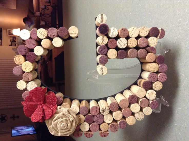 26 best images about wine themed dining room on pinterest for Cork craft