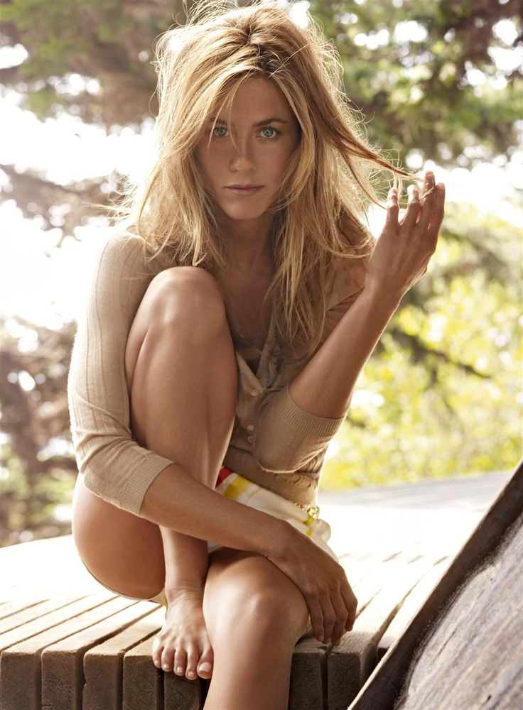 'A perfect life? I think that's sort of cliché': Jennifer Aniston in no rush to…