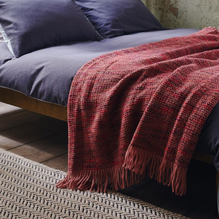 Carlet Blanket Mottled Berry Shades To Warm Up A Cool Colour Scheme