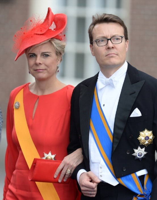 Prince Constantijn of the Netherlands and his wife Princess Laurentien leave the Nieuwe Kerk after attending the investiture of King Willem-Alexander of the Netherlands