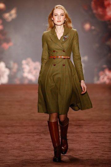 aw-2016_mercedes-benz-fashion-week-berlin_de_0001_lena-hoschek_60642