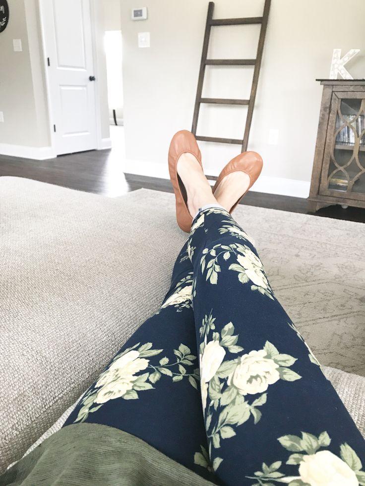 LuLaRoe floral leggings and chestnut Tieks // LuLaRoe Alessandra Kimpton