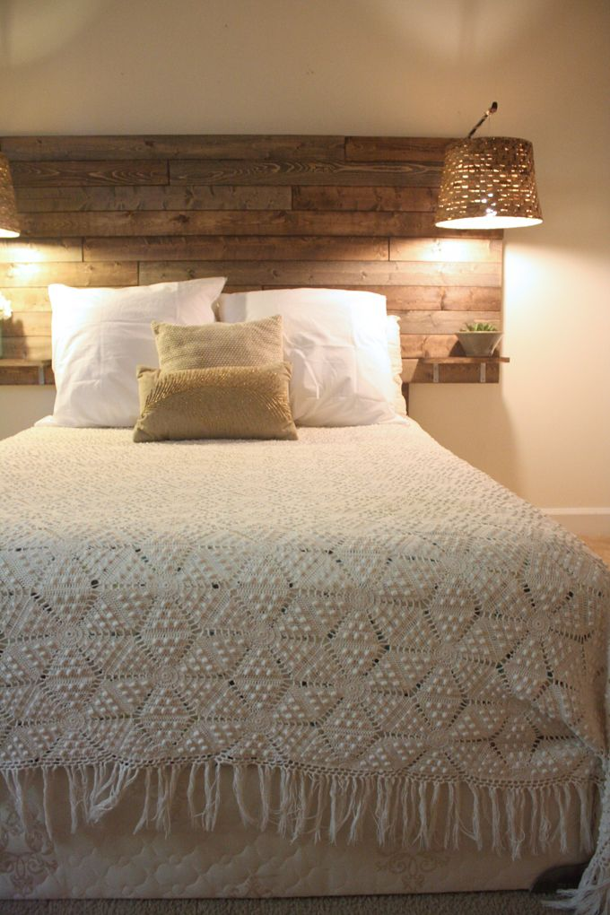 J E N N Y - H I G H S M I T H : DIY: Rustic Headboard-I love the little shelves that act as night stands. Especially since I can't find night stands that I like and are affordable.