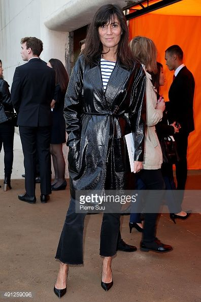 Emmanuelle Alt arrives at the Celine show as part of the Paris Fashion Week Womenswear Spring/Summer 2016 on October 4, 2015 in Paris, France.