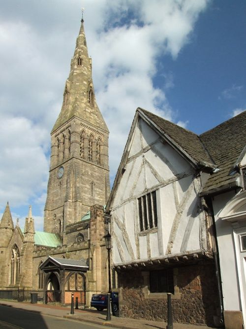 It has now been decided that the remains of King Richard III will be interred in the Norman Leicester Cathedral