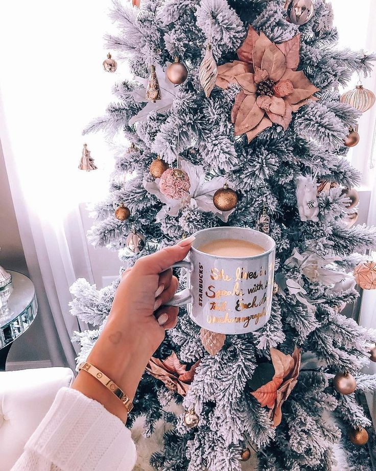 "This is such a beautiful tree! Loving this style tree, great inspiration! Flowers in a tree, ill take it! (@hayleylarue) on Instagram: ""Happy Sunday from our Christmas tree to yours ☕️"