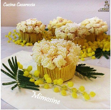 Perché non prepariamo delle Mimosine per la Festa della donna, anzichè la torta mimosa. Sono monoporzioni pratiche e anche belle da vedersi. Provate a prepararle