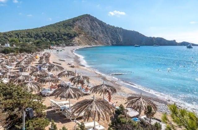 Cala Jondal & Tropicana beach club #ibizaplayas