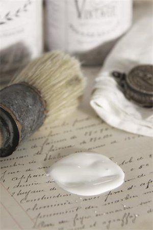 Ing-maris hem och trädgård - Vintage chalk paint, Natural white, 700 ml - Jeanne d'Arc Living