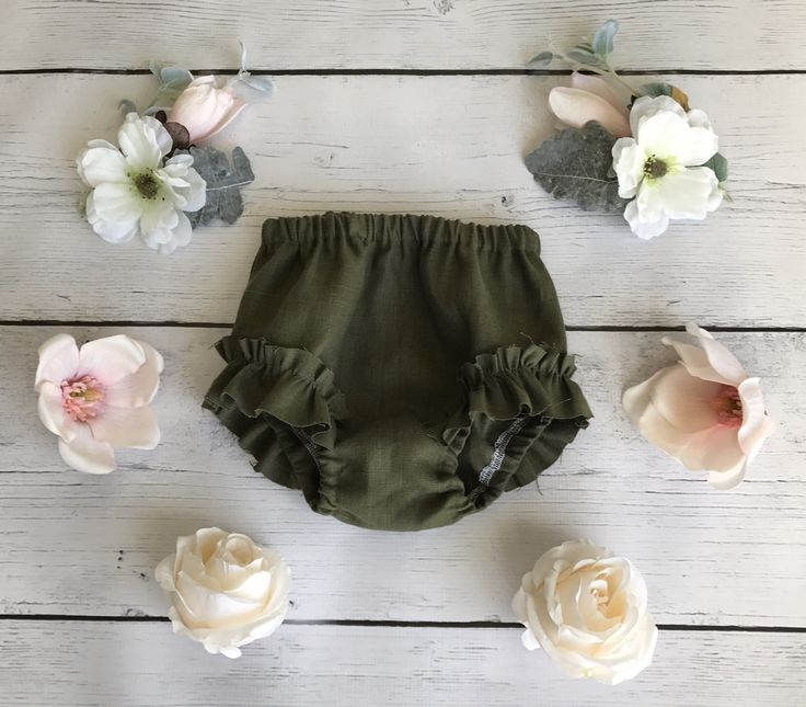 Oh so sweet, these Ruffle bloomers are perfect paired with your favorite Leotard or under your favorite dress. This linen is perfectly cool heading...