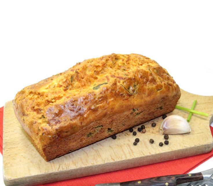 Κέικ αλμυρό. Αυτή η συνταγή έχει πράσο, τυριά, γαλοπούλα. Η συνταγή για αλμυρό κέικ είναι το ιδανικό σνακ για την δουλειά σου