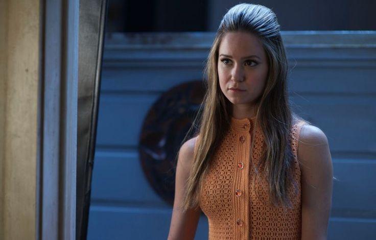 Katherine Waterston rejoint les Aliens de Ridley Scott. Elle jouera dans Alien : Covenant.