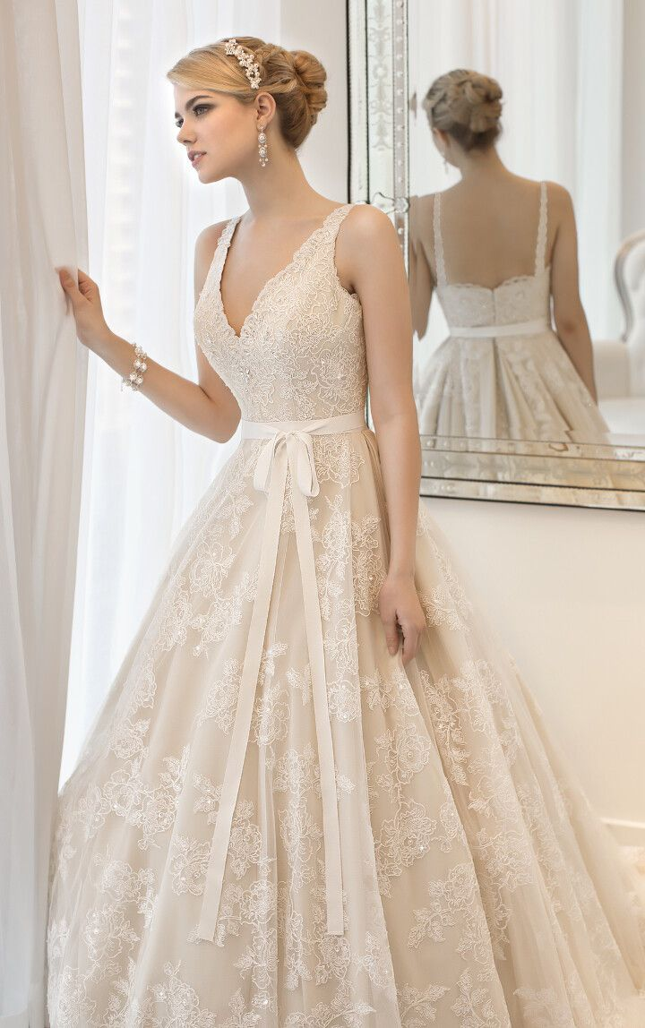 Stunning vintage-inspired ball gown wedding dress.