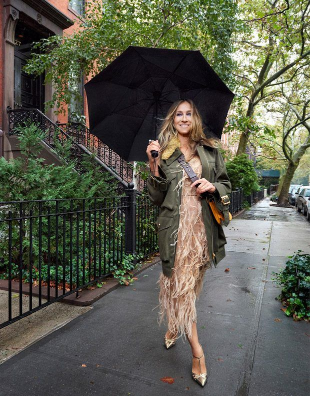 Style & the City: Sarah Jessica Parker Stars in The Edit Magazine November 2016 - Burberry coat, Jason Wu dress