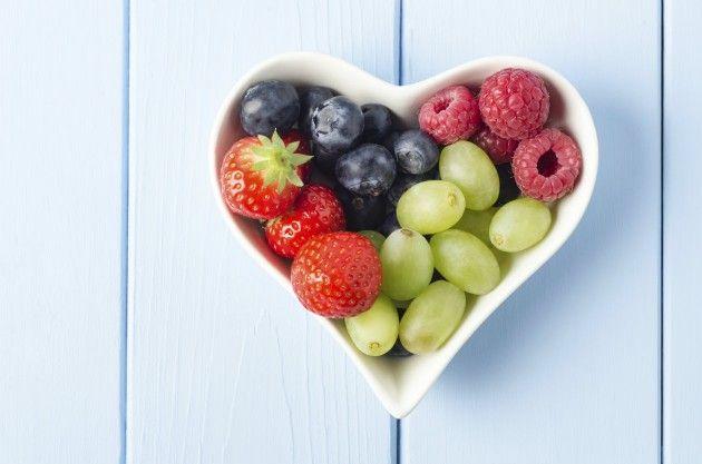 Tu grupo sanguíneo: Es bastante común que se piense que el grupo sanguíneo que tenemos afecta a nuestra alimentación y hay dietas desarrolladas según el de cada uno. No son peligrosas si incluyen todo tipo de nutrientes, pero literalmente no tendrán ningún efecto sobre tu peso.