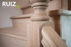 Rustieke trap in landelijk interieur - Ruiz