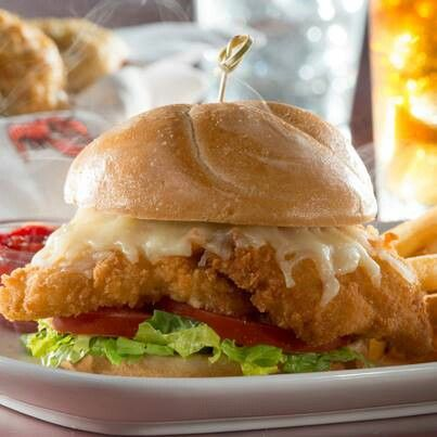 Red lobster fried fish sandwich favorite resturant for Fish sandwich near me