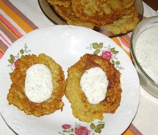 W Mojej Kuchni Lubię.. : placki ziemniaczane z sosem jogurtowym...