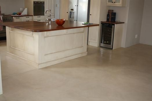 Colour-Screed-CAPECRETE_26035_image.JPG (524×350)