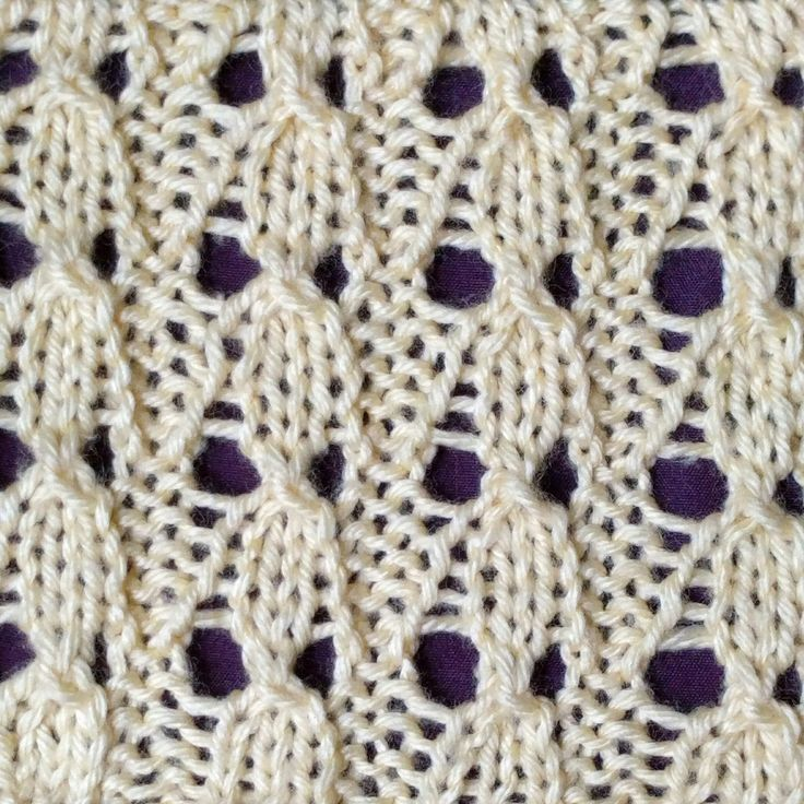 "The Bluebells stitch only requires basic techniques such as ""k2tog"" (knit 2 together) and ""psso"" (pass slipped stitch over), thus creating the look of cables."