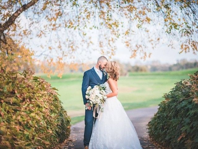 The Top 5 Most Popular Wedding Months And Why Couples Love Em In 2020 Popular Wedding Outside Wedding Wedding