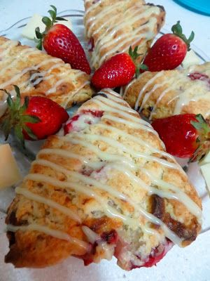 Strawberry & White Chocolate Scones The agregator for recipes around the world.Best recipes Magazine
