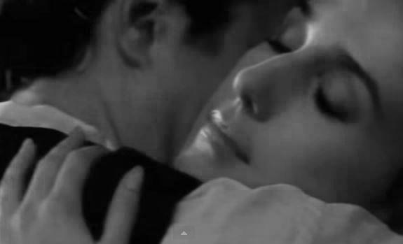 """""""Sapete che cos'è l'amore, quello vero? Avete mai amato così profondamente da condannare voi stessi all'inferno per l'eternità? Io l'ho fatto…"""" (Jeanne Hébuterne) - I colori dell'anima - Modigliani, di Mick Davis. Biografico, USA 2004. Remake  di Montparnasse 19 o Les amants de Montparnasse, del 1958 diretto da Jacques Becker."""