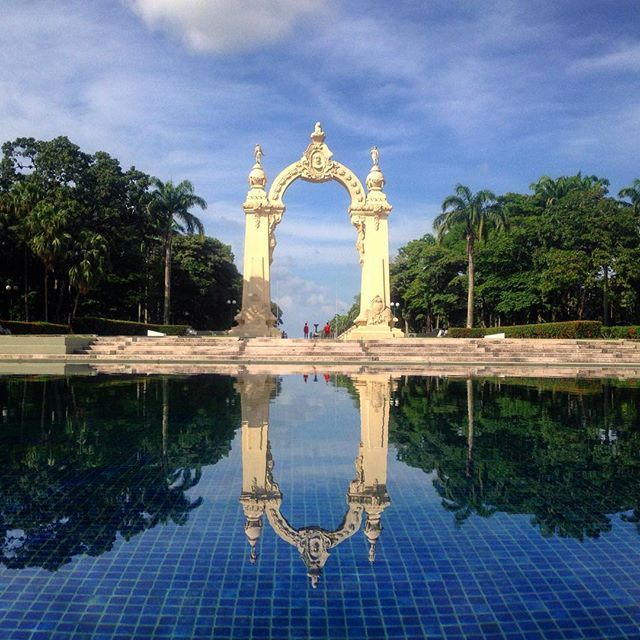 arco de triunfo, carabobo — built for the 100th anniversary of venezuelan independence