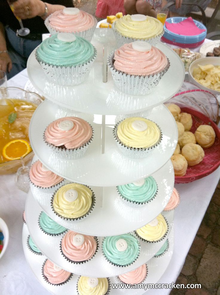 Baby Shower Cupcake Icing Ideas : 89 best images about Cakes & Cupcakes Decorating Ideas on ...