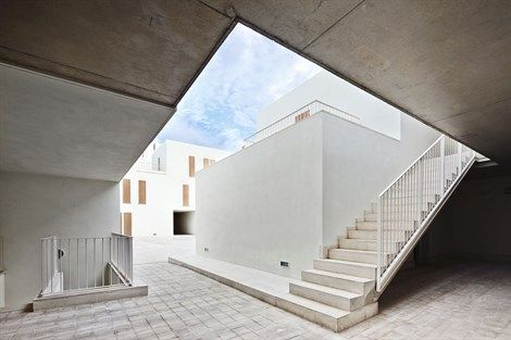 View of the common spaces of Sa Pobla Social Housing. Photo: José Hevia