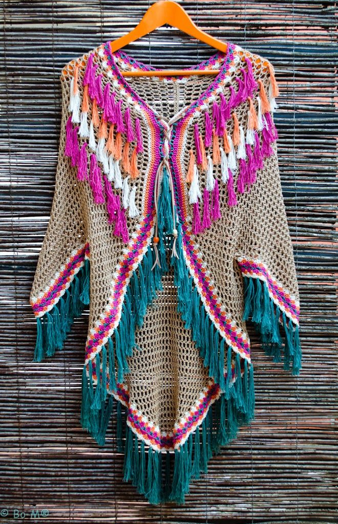 Bo-M - a poncho in softer colours - go check it out!