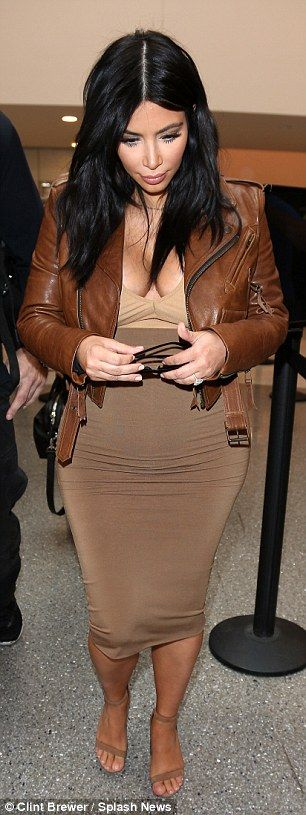 Pregnant Kim Kardashian wears another low-cut dress in Los Angeles | Daily Mail Online