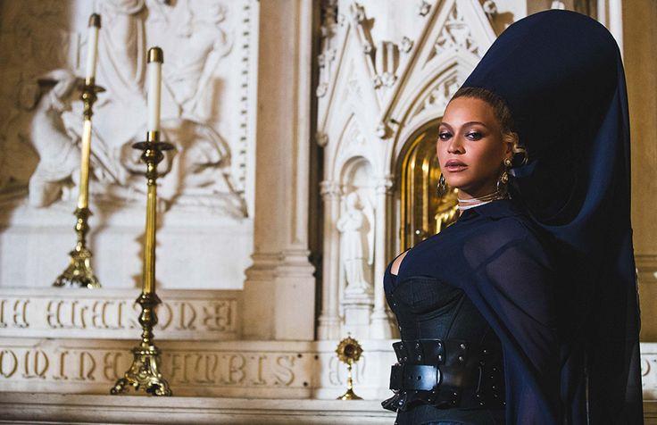 Beyoncé:Styling: Marni Senofonte, Atelier: Timothy White, Make-Up: Sir John, Hair: Neal Farinah,Dress: MXMXTW,Jewels: IX Karat & PartsOfFour,Corset: Agent Provacteur,Belt: Zana Bayne