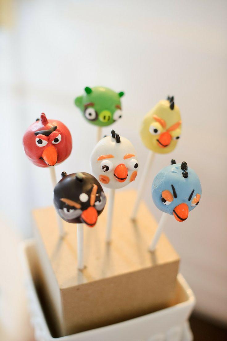 angry bird cake pops. haha