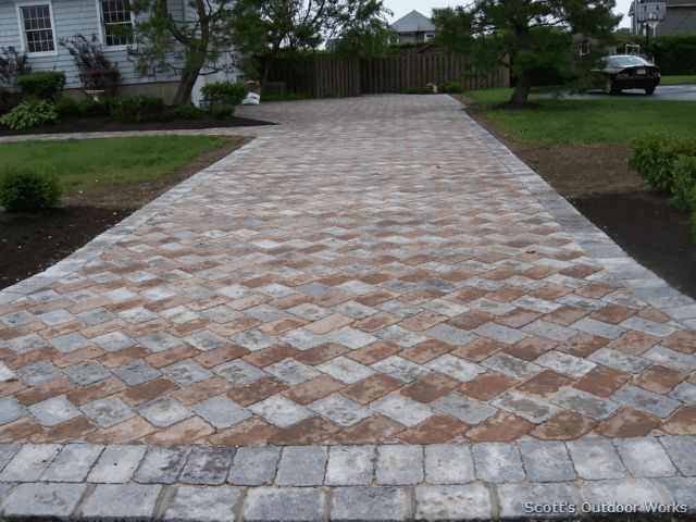 I Really Like This Pattern Of Pavers To Go In Place Of The