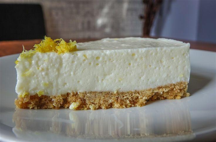 Zingy Lemon Cheesecake via @baldhiker