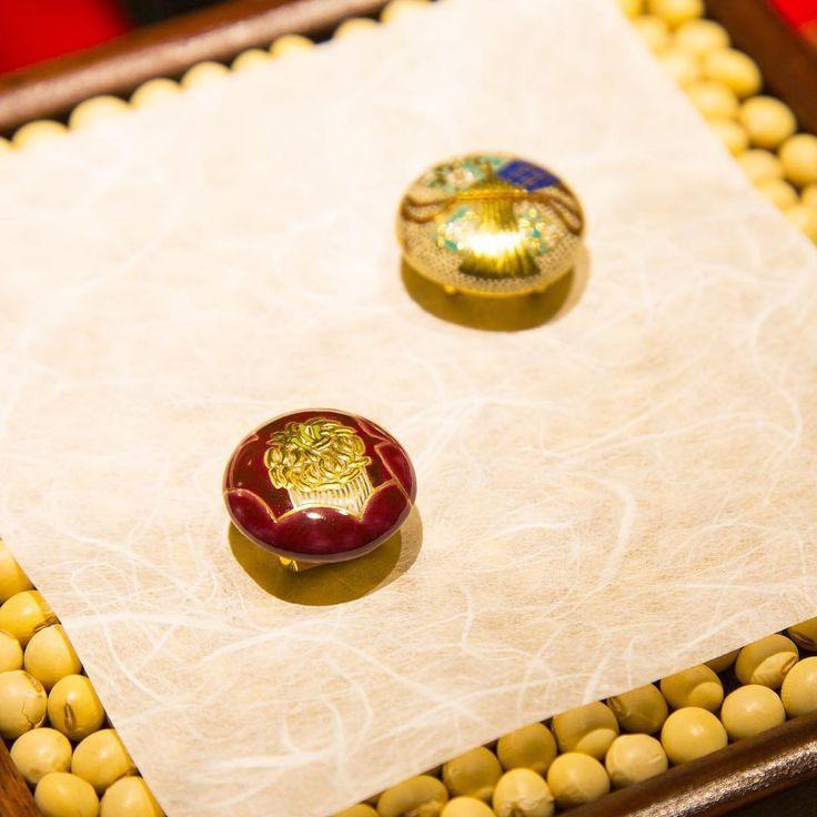 """薩摩志史さんの薩摩ボタン """"shop&gallerySOMETHING"""" #薩摩ボタン #kagoshima"""