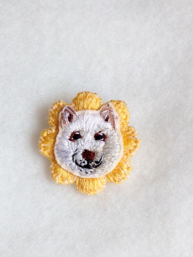 刺繍ブローチ(ヒマワリ犬)