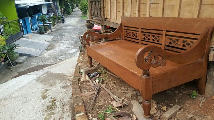 "Race bench ""bangku/ risban"" . Made of teak. Little carving. Suitable for indoor or outdoor furniture. Already finished & ready to use."