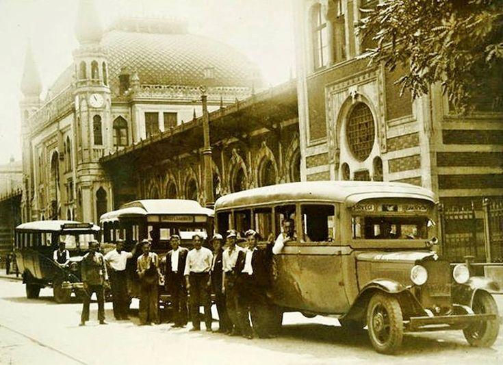Sirkeci' de otobüsler 1930'lar